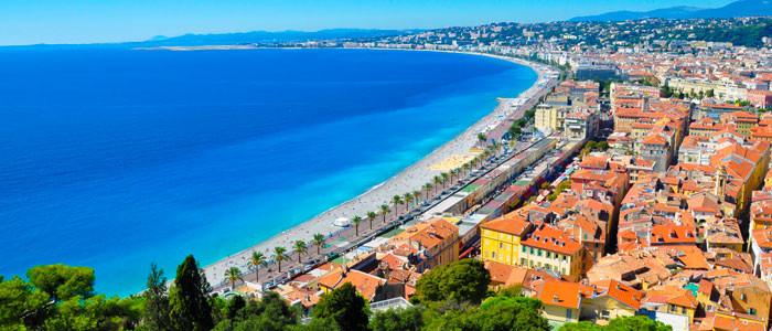 Apprendre une langue étrangère sur la Côte d'Azur