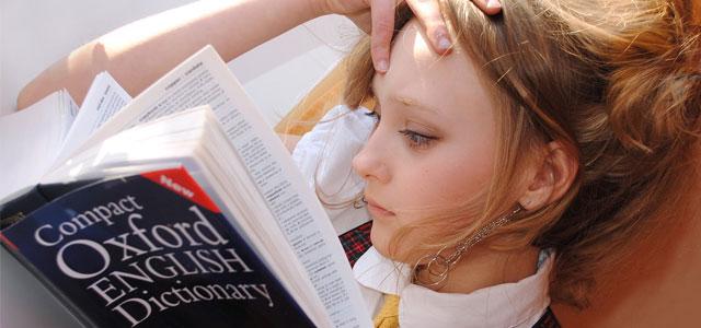 Apprendre l'anglais avant de partir travailler à l'étranger